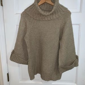 Sweater Beige with wide collar 3/4 sleeves